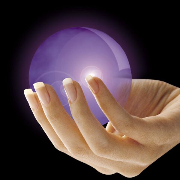 donna mano dito porpora magia incantesimo