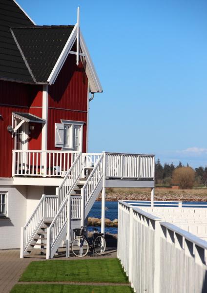 blu estate balcone sguardo vista casa