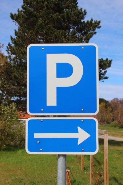 parcheggio parcheggiare firmare direzione della freccia