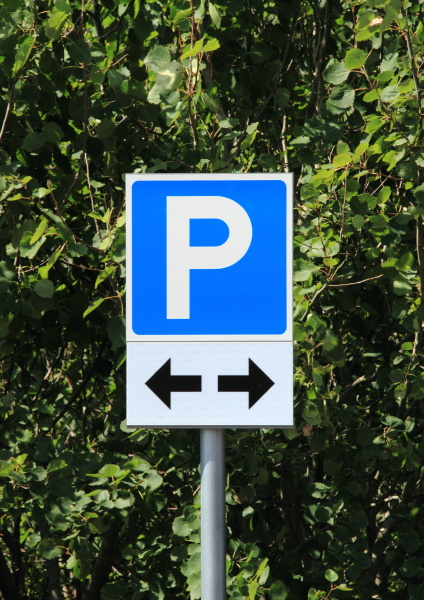 parking, sign, with, two, black, direction - 12884490