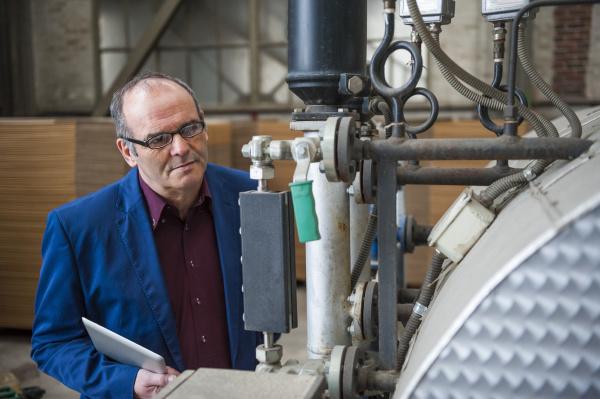 industria guardare osservare germania occhiali in