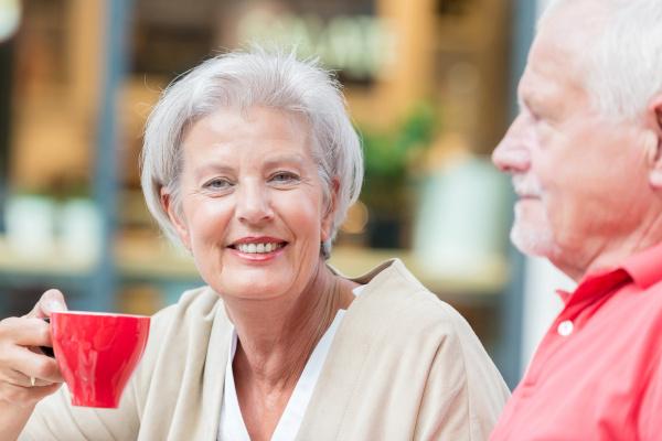 gli, anziani, bevono, un, caffè - 19129549