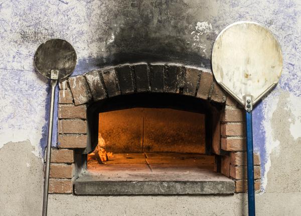 pizza forno e bucce