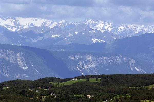 blick auf oetztaler alpen zillertaler
