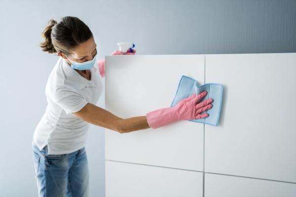 servizio di pulizia ufficio bidello professionale