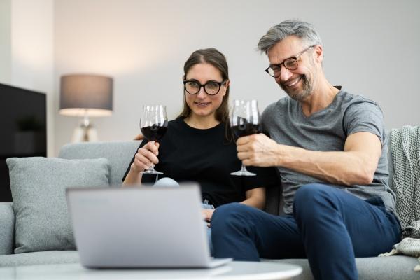 cena online di degustazione di vini