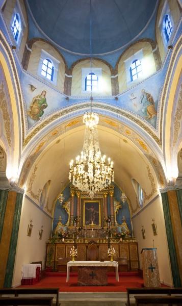 interno della cattedrale cattolica romana di