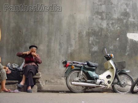vietnamisisches strassenleben