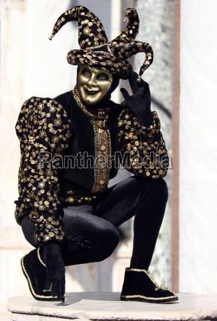 nero venezia maschere arlecchino clown festa