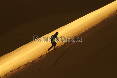 deserto africa libia sera sentire controluce