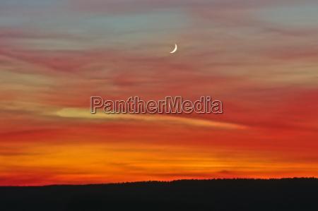 cielo serale dopo il tramonto