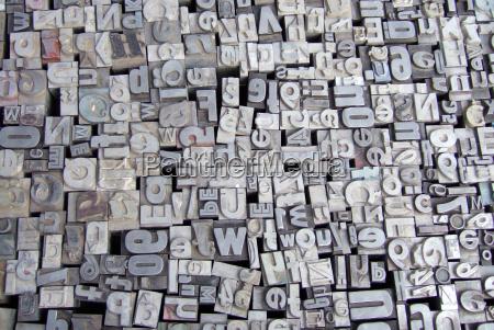 lettere tipo di metallo