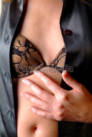 seno con reggiseno