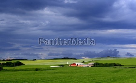 danimarca campi tempesta temporale fattoria paesaggio
