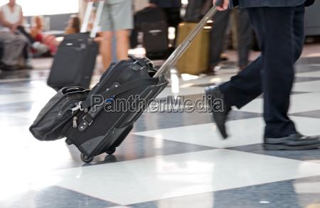 viaggio viaggiare linea aerea aeroporto partenza