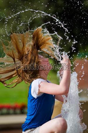 adolescente ragazzo ragazza giocoso estate calore