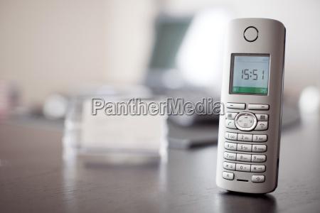 telefono tastiera cellulare comunicazione connsessione annessione
