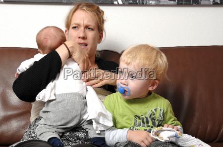bambino neonato lattante mamma madre madri