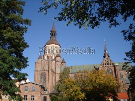 chiesa chiesa parrocchiale nuovo superficie di