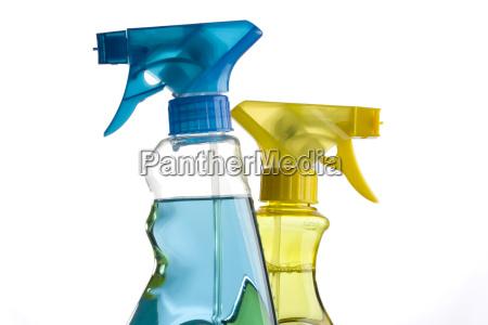 flaconi spray blu e gialle