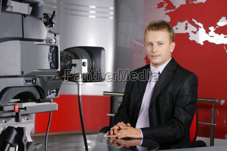 bel mezza eta notizie presentatore televisivo