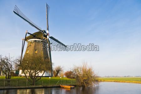 blu ambiente inverno olanda mulino a