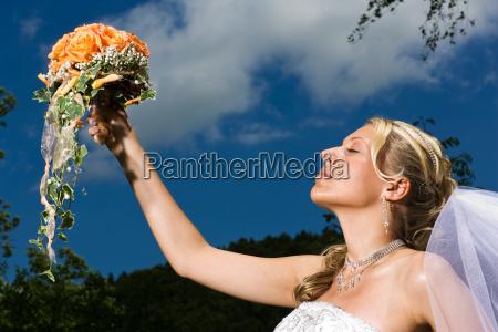 sognare bouquet alzare sollevare sostenere tenere
