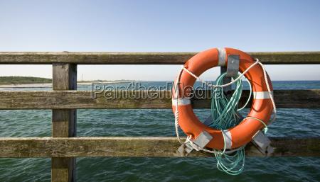anello ringhiera salvataggio salvagente assistenza supporto