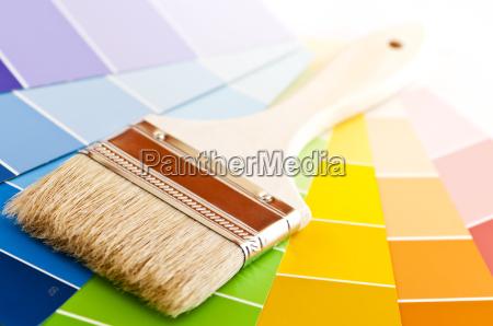 pennello con schede di colore