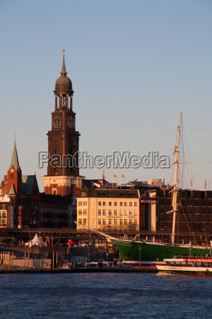 chiesa sera amburgo campanile elba
