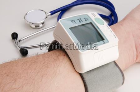 misuratore di pressione sanguigna