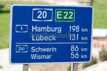 segnale amburgo cartello stradale lubecca