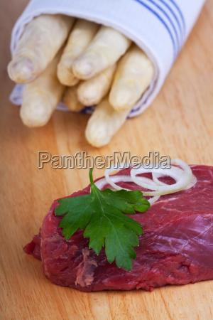 caucasico bianco verdura bistecca asparago prezzemolo