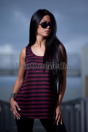 bello bella nero asiatico impertinente carino