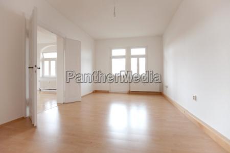 spazio vuoto di un vecchio appartamento