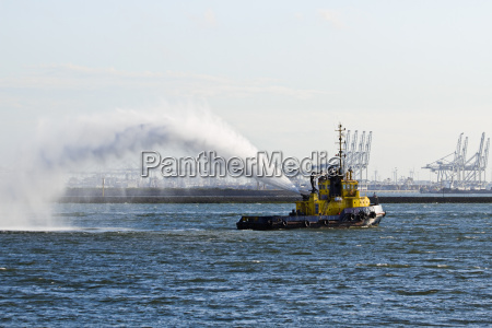 fire fighting boat demonstration