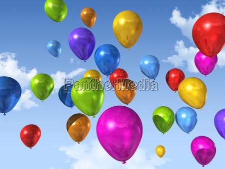 palloncini colorati su un cielo blu