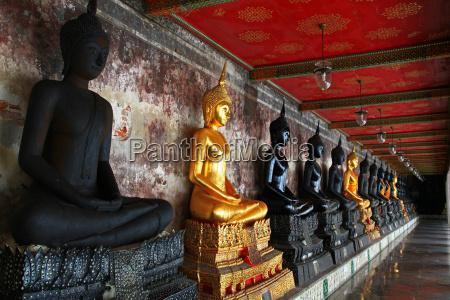 religione tempio budda thailandia bangkok buddismo