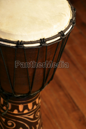 tamburo djembe africano