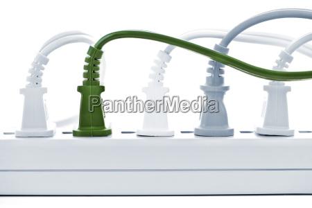 fili collegati nella barra di energia