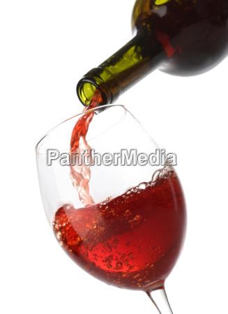 versare il vino rosso