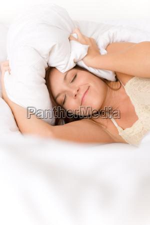 donna marrone pigro camera da letto