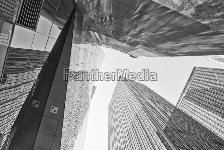 giant skyscrapers new york