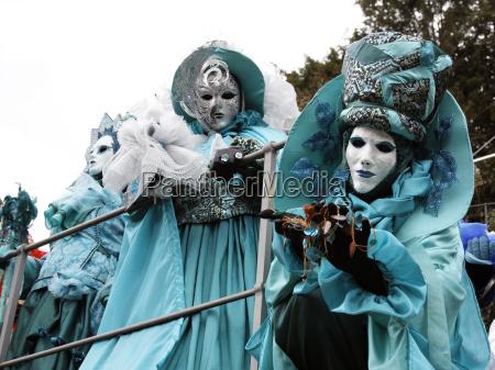 maschere carnevale costumi mascherata maschera hallia