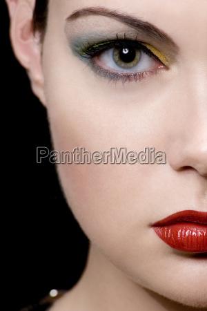 donna primo piano close up faccia