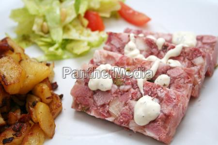 cucina casalinga gelatina salsa tartara carne