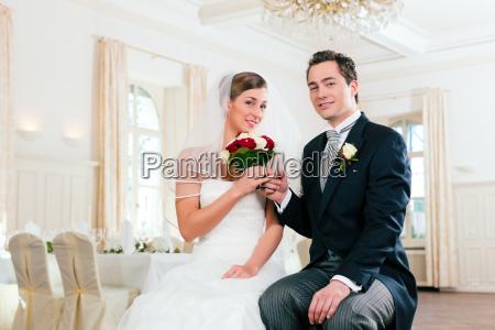aspettare attesa nozze matrimonio convivenza sposare