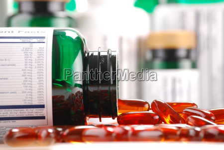 salute guarire curare farmaci medicina pastiglia