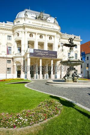 teatro nazionale slovacco bratislava slovacchia