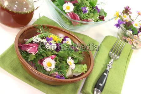 wild herbs salad
